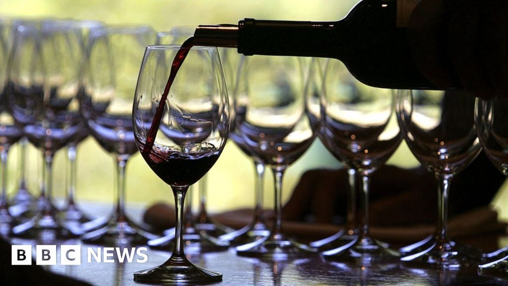 Banned Yeovil wine company director given suspended jail term thumbnail
