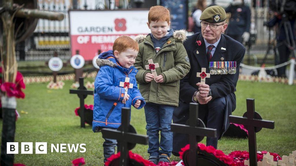 Scotland falls silent in Armistice Day remembrance