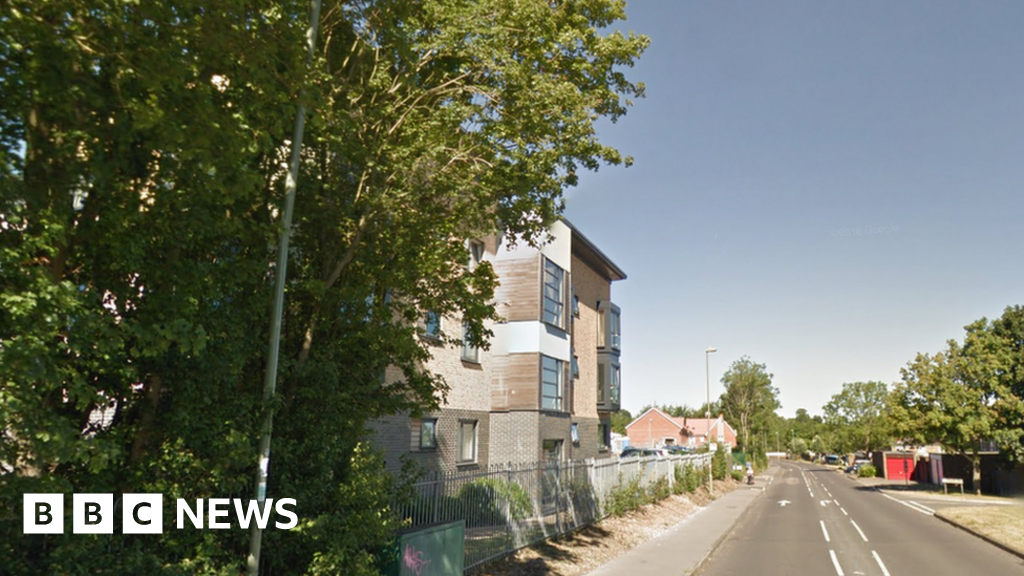 Basingstoke street attack murder bid suspects released