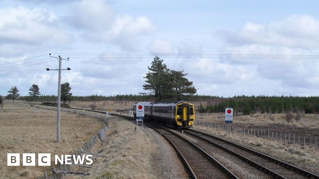 Train on the Far North Line