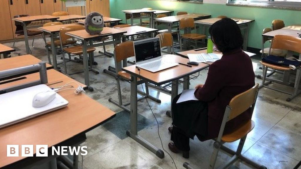 Coronavirus How South Korea Is Teaching Empty Classrooms Bbc News
