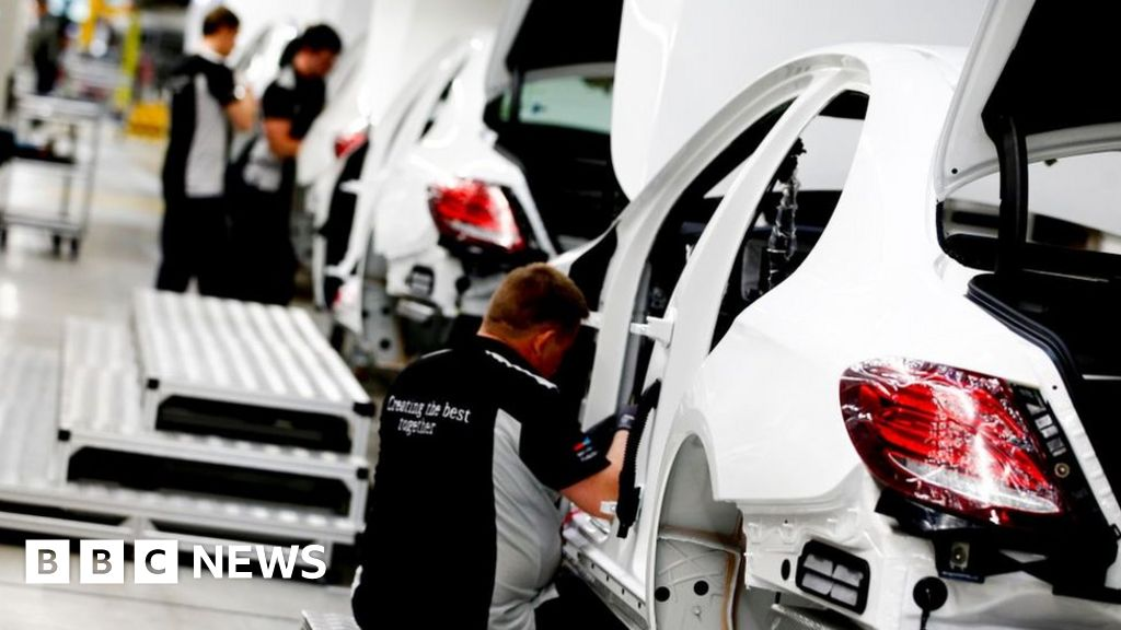 Mercedes-Benz to cut jobs amid tougher emissions rules