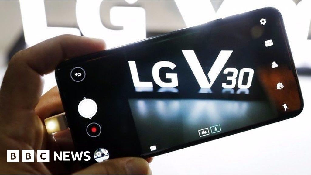 LG's V30 phone 'leaves gimmicks behind'
