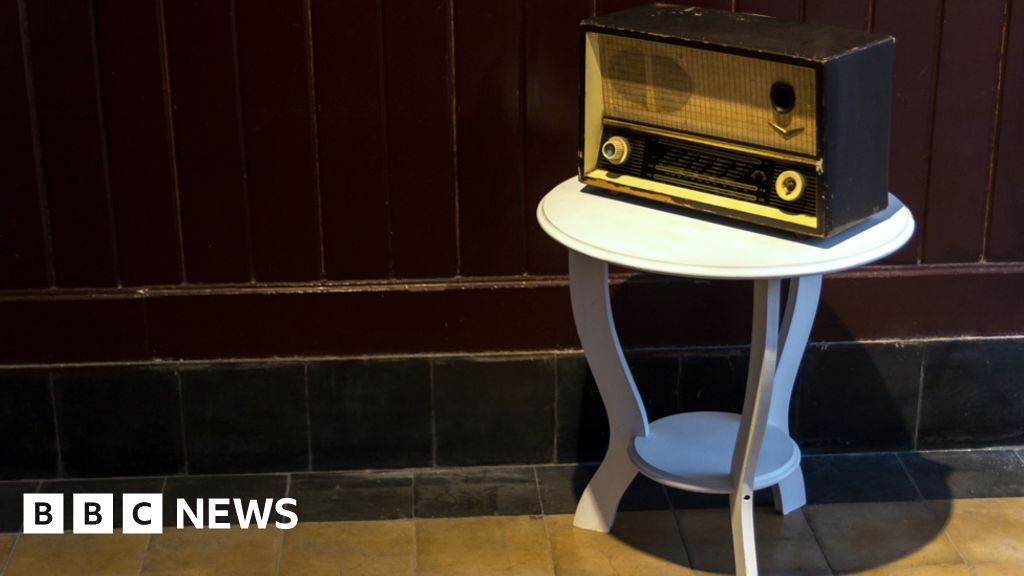 Radio silence: The Syrian broadcasters in exile