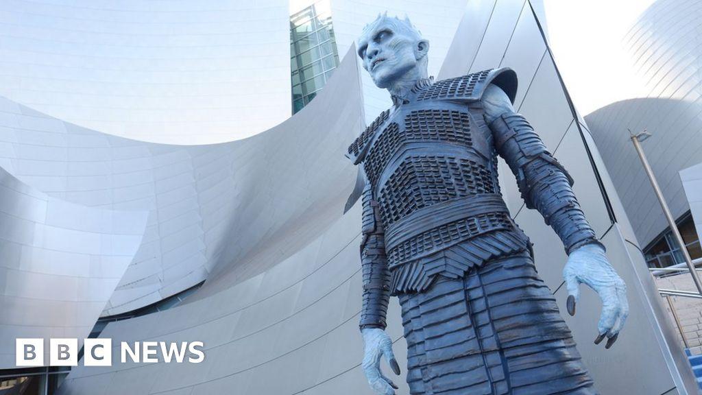 Spoiler alert: Why people love looking up spoilers - BBC News