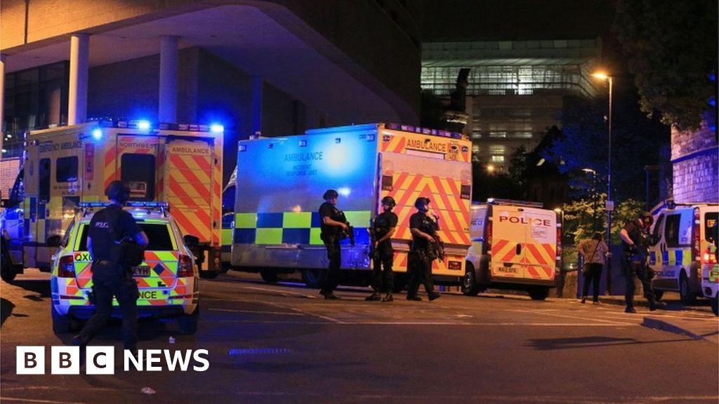 2f525252b0bbb9 Manchester Arena attack  Bomb  injured more than 800  - BBC News