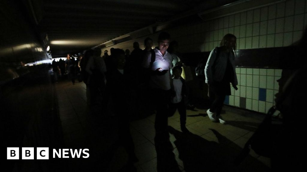 Major power failure affects homes and transport