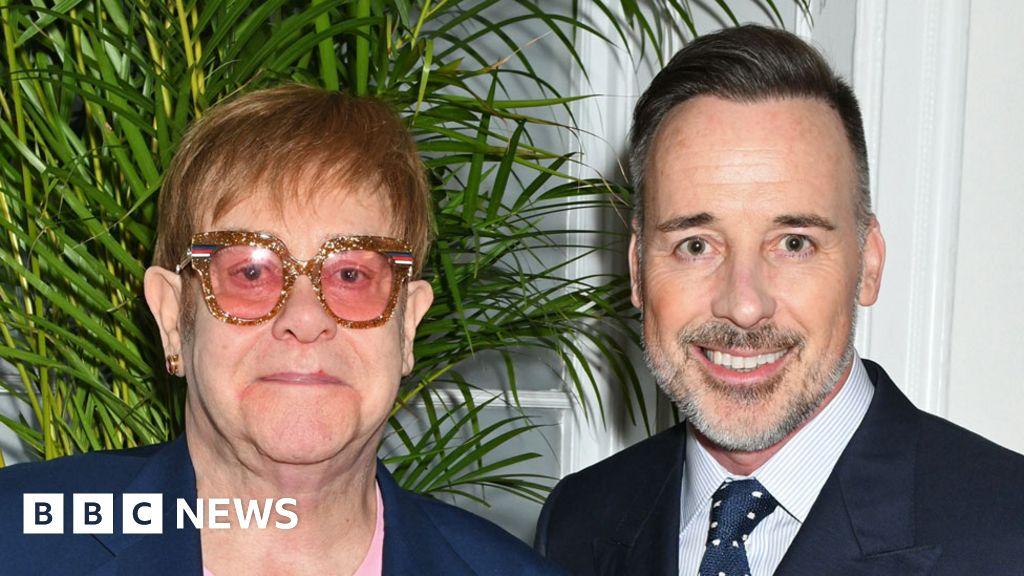 Sir Elton John accepts libel damages