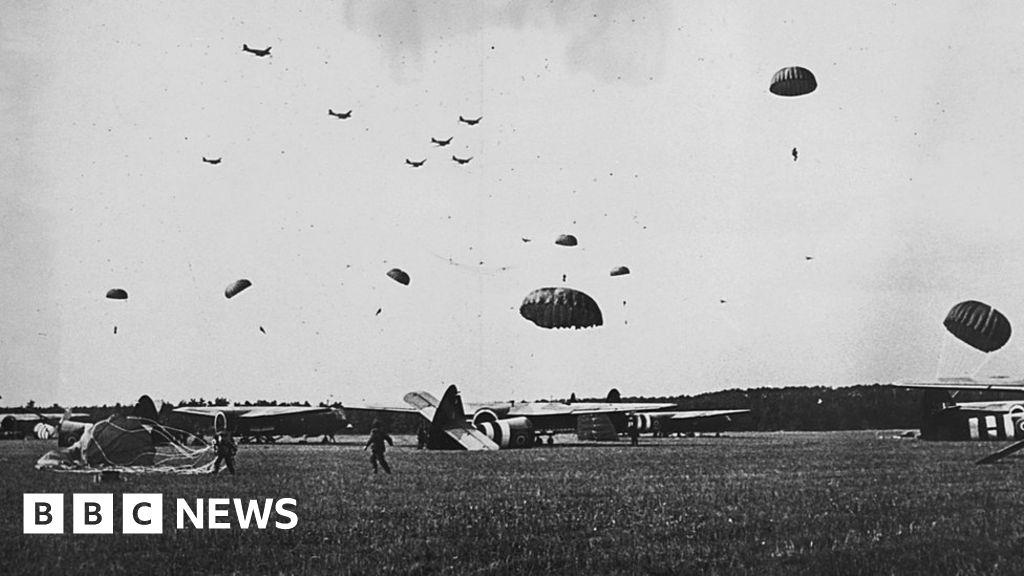 Mass parachute drop to mark Battle of Arnhem