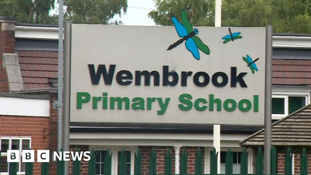 Primary school closes after two Covid-19 cases