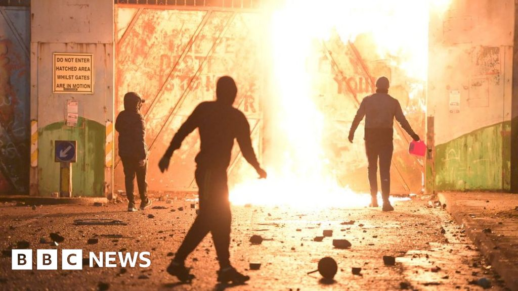 Belfast: Rioting 'was worst seen in Northern Ireland in years'