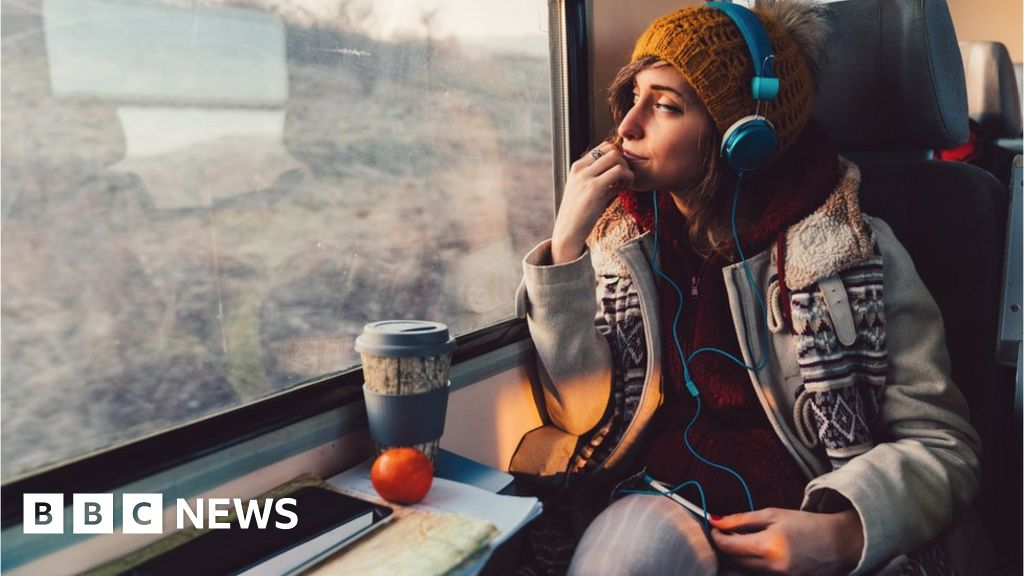 Railcards: How can young people save on train fares in 2019