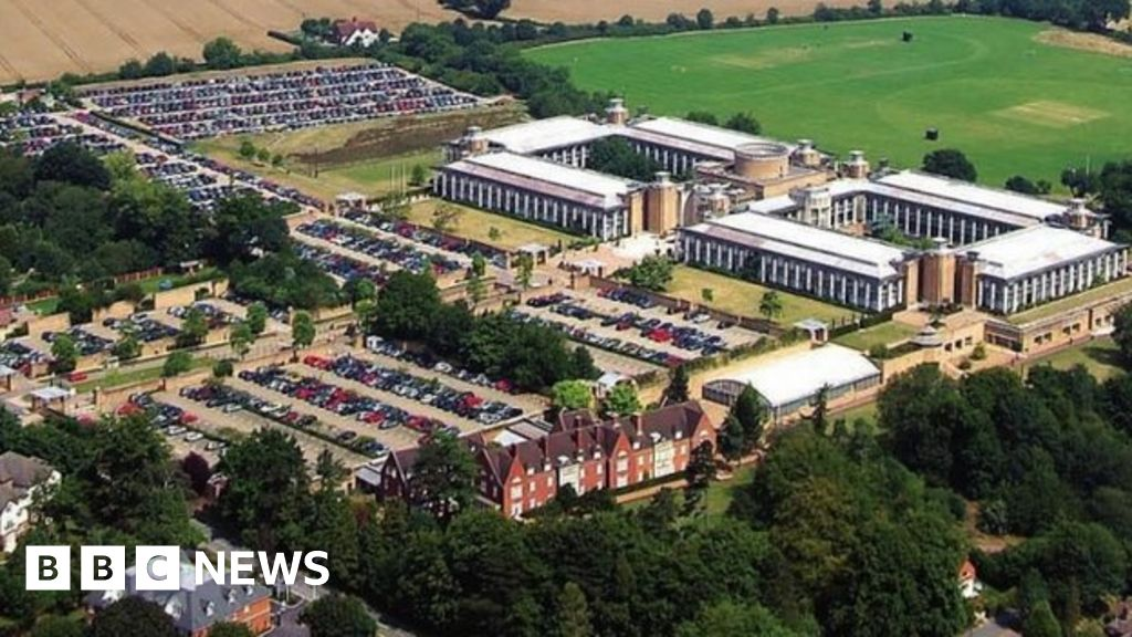 legal and general kingswood closure in a relationship
