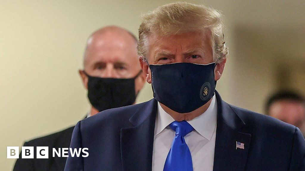 Coronavirus: President Trump wears face mask for first time