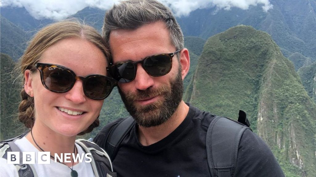 'We're stuck in Peru and the government won't help' thumbnail