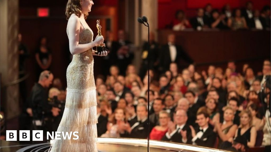 Oscars 2021 ceremony postponed for two months thumbnail
