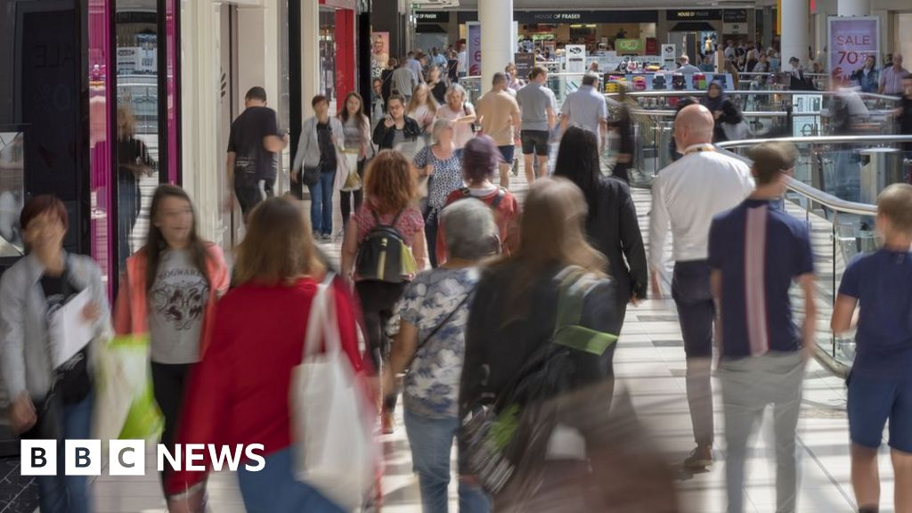 Shopping centre big Intu more likely to appoint directors thumbnail