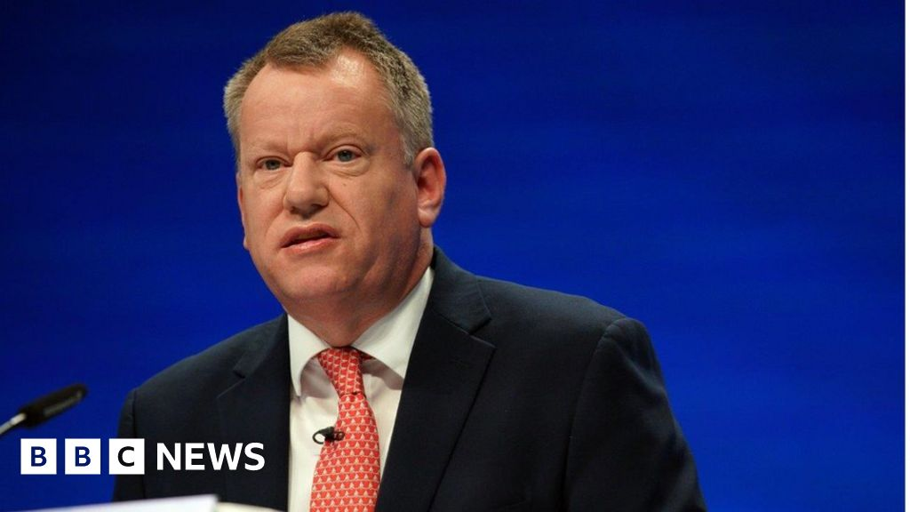 Brexit: Lord Frost proposes 'entirely new' NI protocol