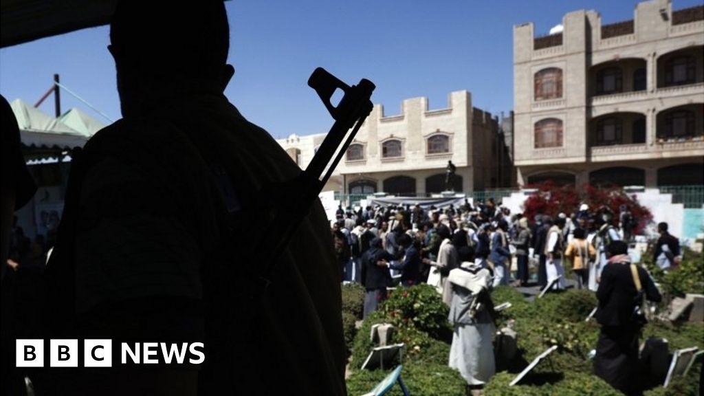 Yemen conflict: Saudi Arabia presents peace plan