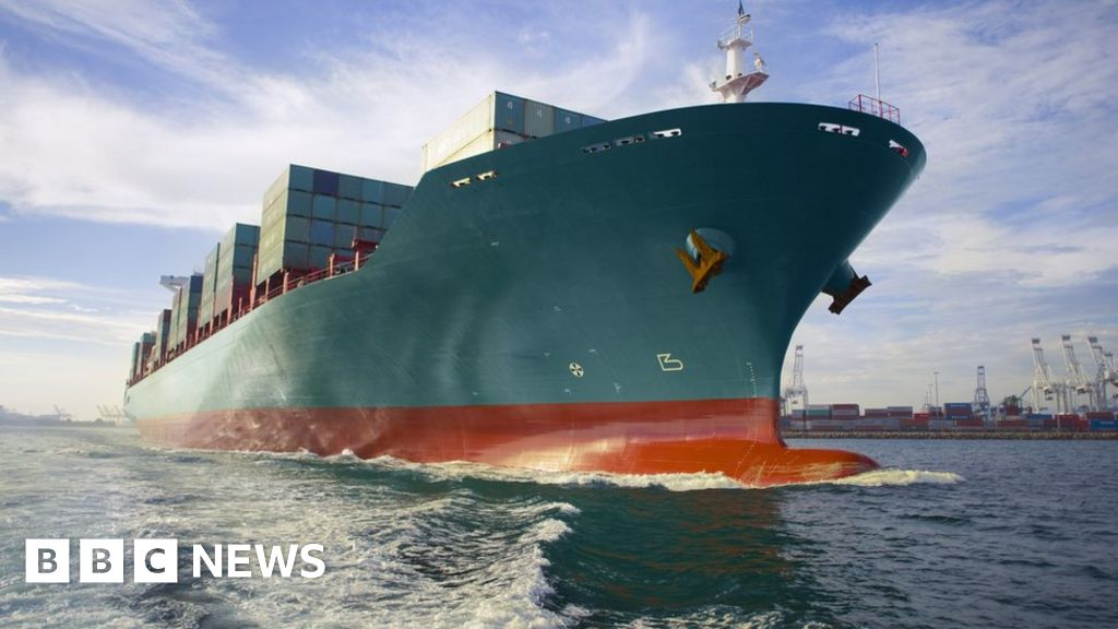 Climate change: Speed limits for ships can have 'massive' benefits