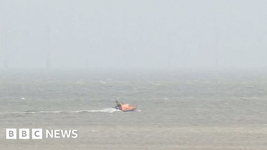 Search for man who fell from a fuel tanker in Margate