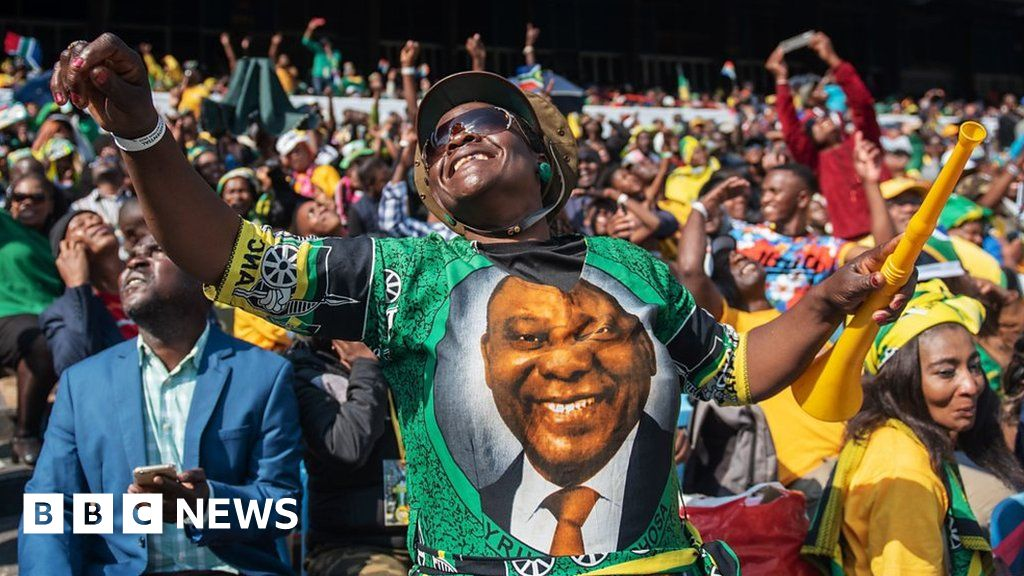 South Africa's President Ramaphosa sworn in