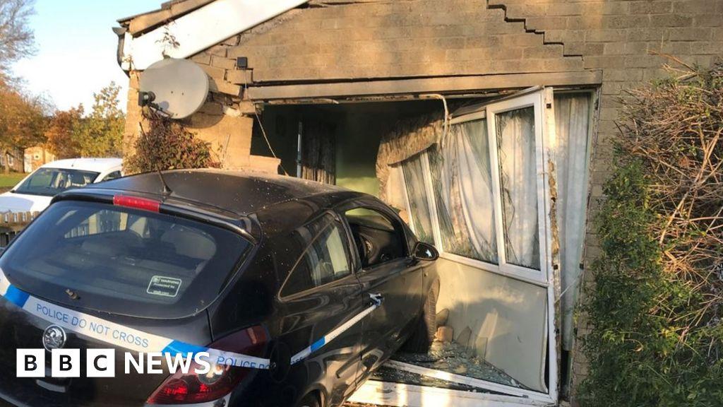 Bungalow car crash homeowner 'counting blessings'