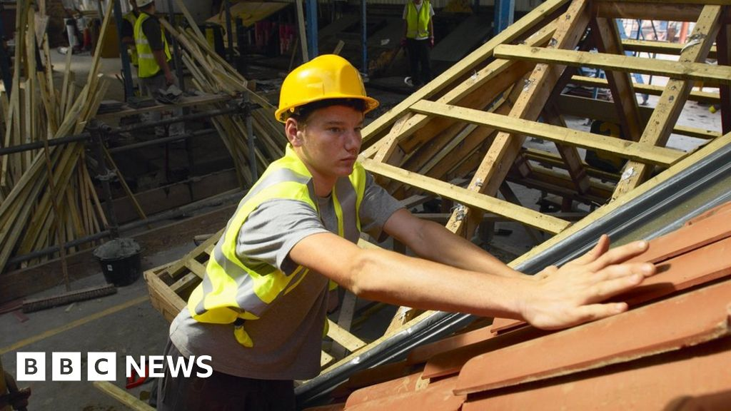 General election 2019: Leaders woo business with tax and apprenticeship vows