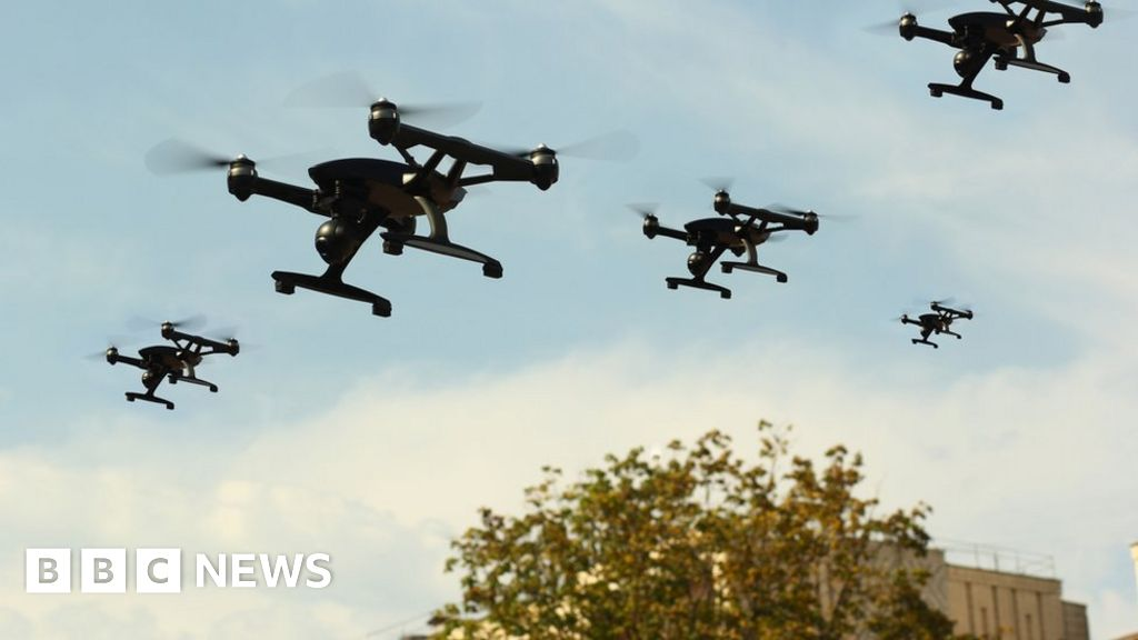 UK drone pilots have 25 days to register with regulator