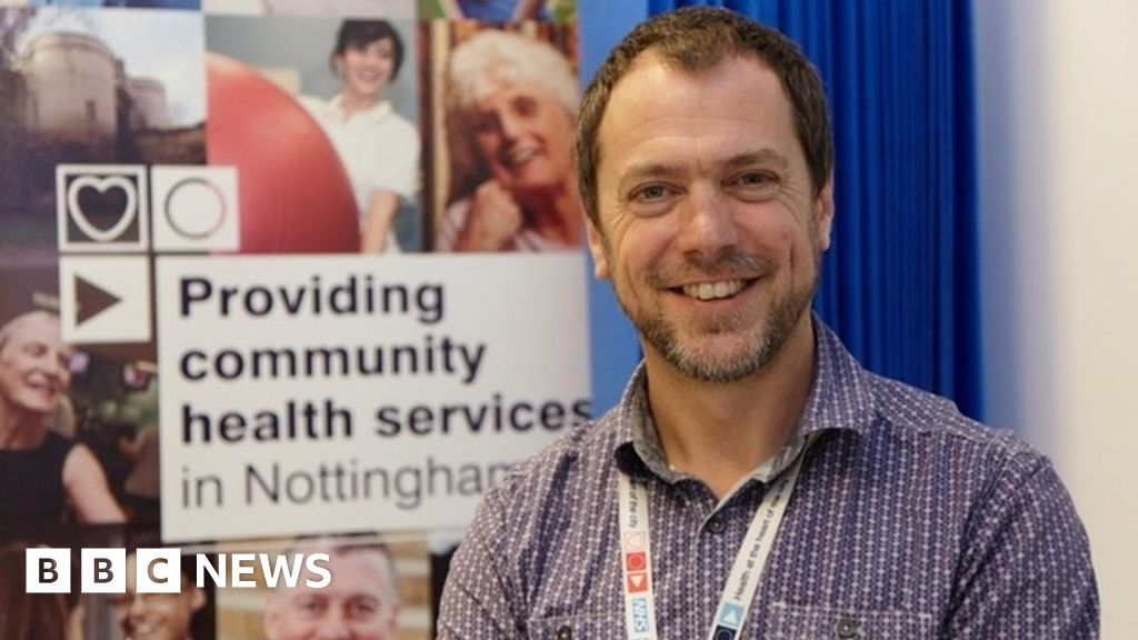 Average age of first stroke in England falls, figures show