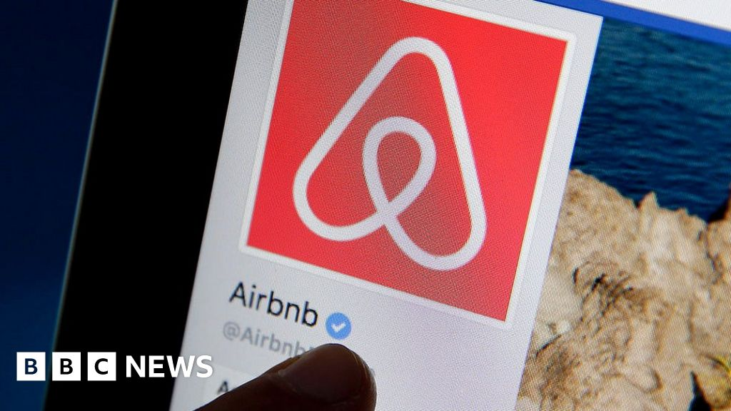 Airbnb removes Israeli West Bank settlement listings