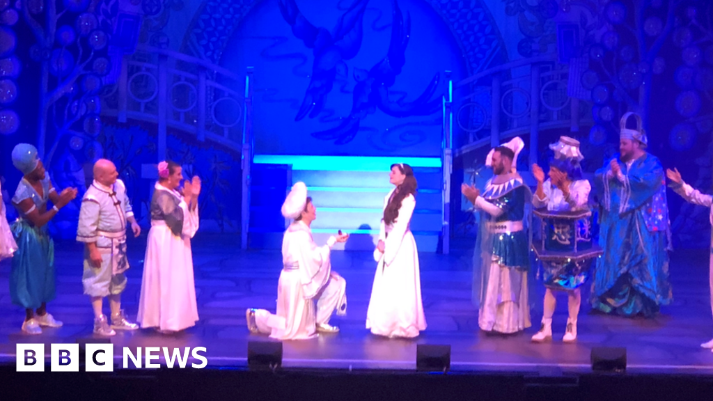 A whole new world Jasmine of Aladdin proposes, while Leicester panto