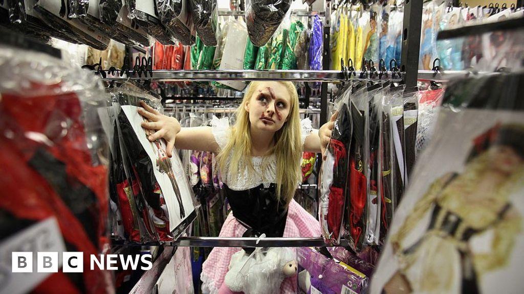 London's first fancy dress shop shuts in rent row