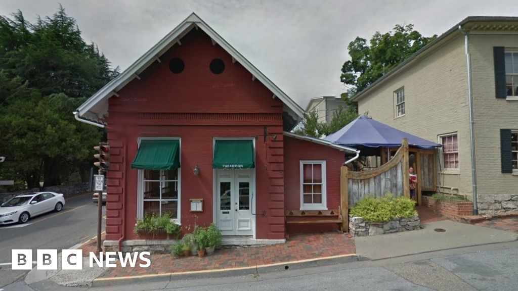 Red Hen Yelp listing becomes net battleground