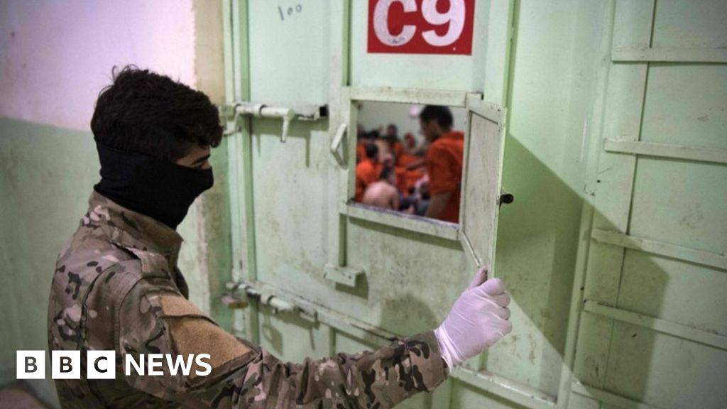 Turkey Starts Sending Captured Foreign Fighters Home From Syria...