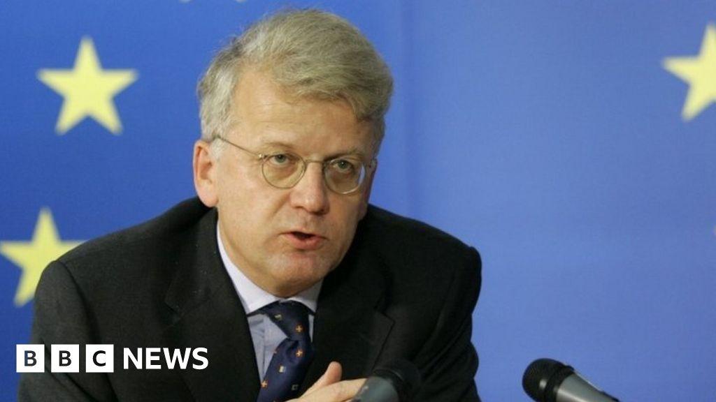 Migrant crisis: EU's top diplomat in Turkey resigns - BBC News