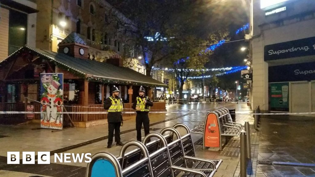 Cardiff Queen Street disturbance sees two people arrested