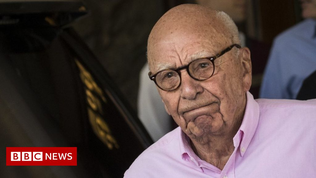 Record number of Australians sign ex-PM's call for Murdoch inquiry