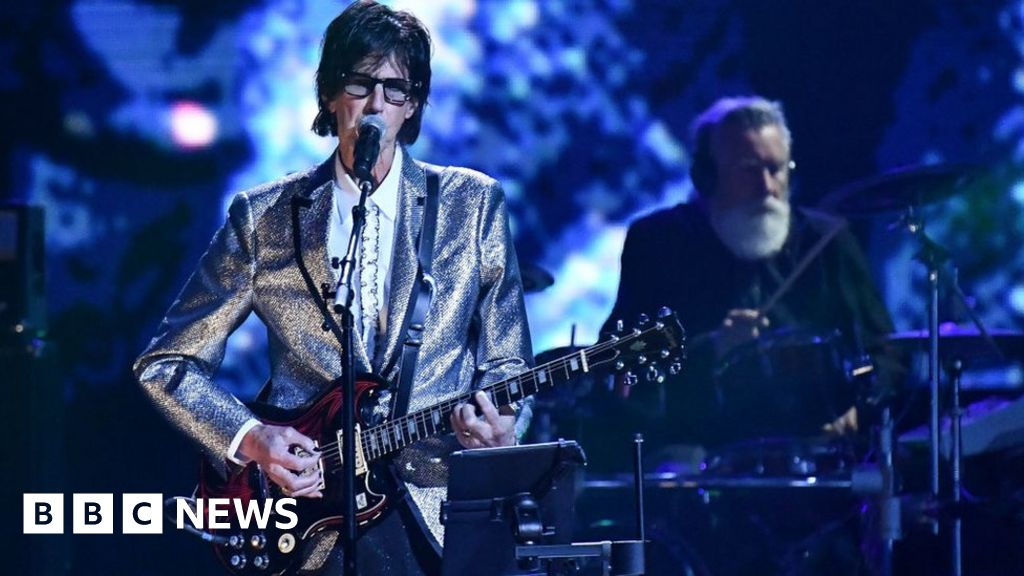 Ric Ocasek, frontman of The Cars, dies at the age of 75 years