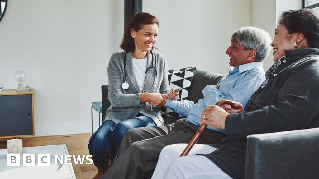 GPs vote to reduce patient home visits