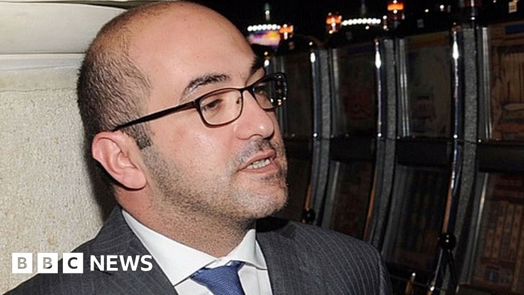 Malta businessman held on yacht in journalist murder probe