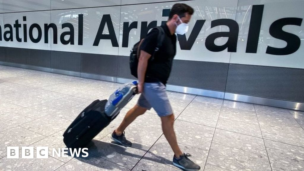 Covid: All countries to be removed from Englands travel red list
