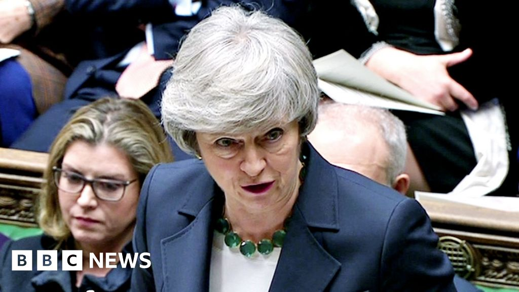 PM plays down Brexit 'deal or delay' report thumbnail