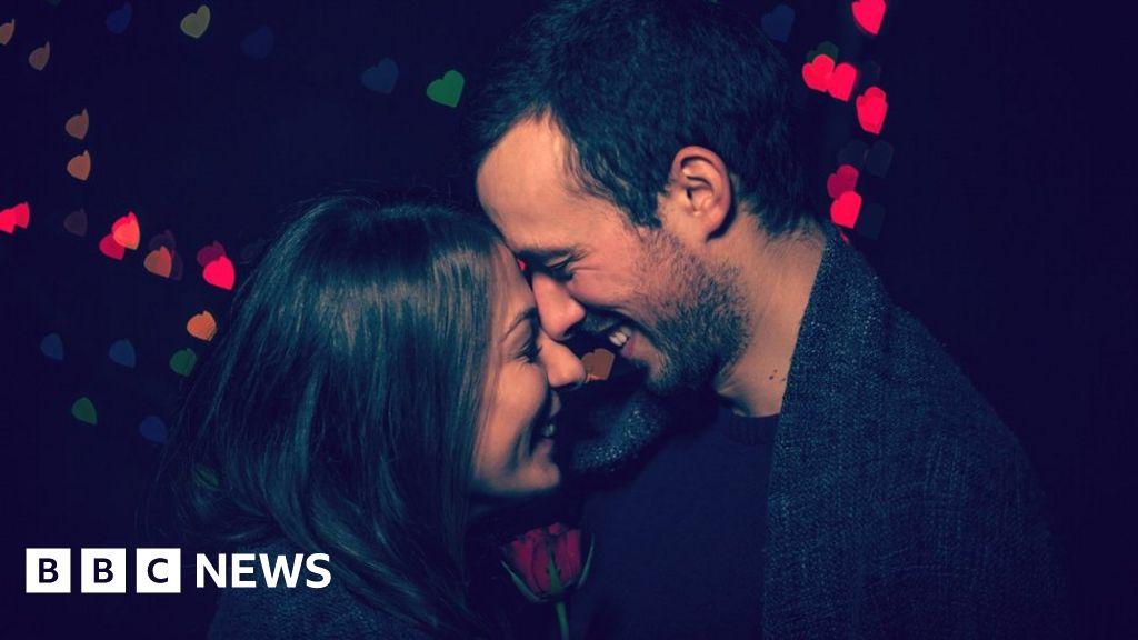 Fotos vazadas nina dobrev dating