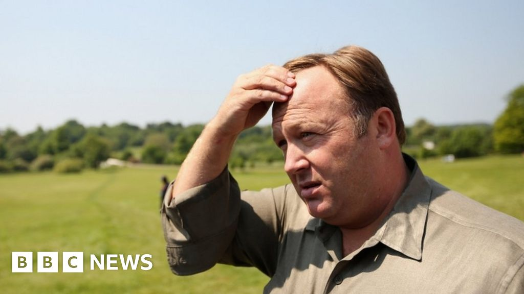 YouTube removes 'hate speech' videos from InfoWars