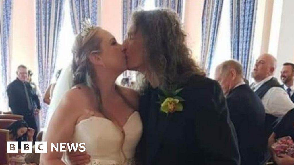 Twin's warning after sister's coronavirus death