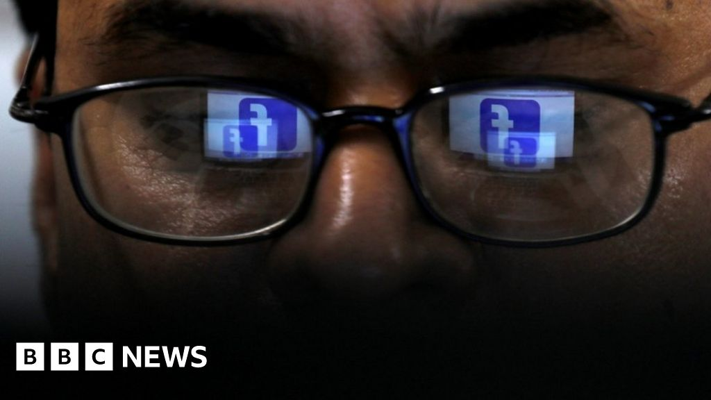 Facebook 'auto-generated' extremist video