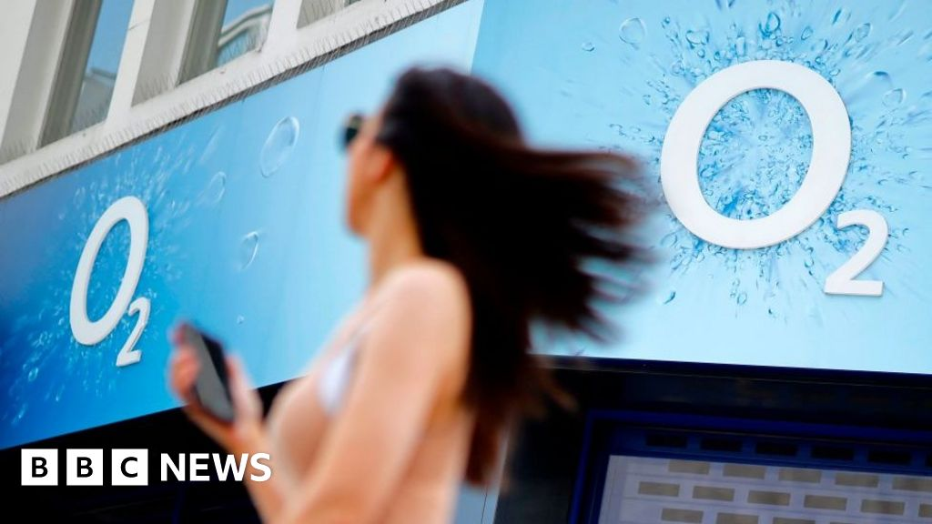 O2 fined £10m for overcharging customers