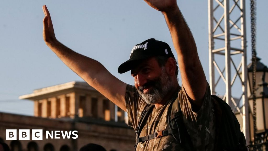 Armenia crisis: Opposition leader suspends nationwide protests