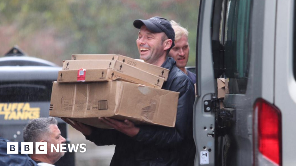 Football club gives 3,000 food parcels to homeless